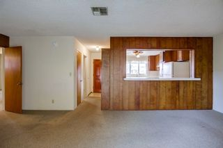 Photo 6: EAST ESCONDIDO House for sale : 3 bedrooms : 2042 Lee Dr. in Escondido