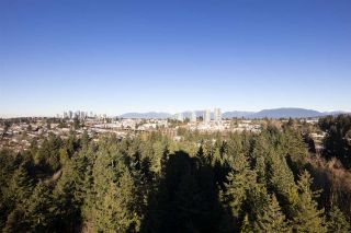 "Photo 15: 2004 6823 STATION HILL Drive in Burnaby: South Slope Condo for sale in ""BELVEDERE"" (Burnaby South)  : MLS®# R2536445"
