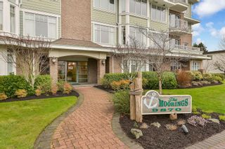 Photo 2: 205 9870 Second St in : Si Sidney North-East Condo for sale (Sidney)  : MLS®# 865950