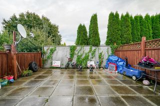 Photo 19: 7 33915 MAYFAIR Avenue in Abbotsford: Central Abbotsford Townhouse for sale : MLS®# R2622415