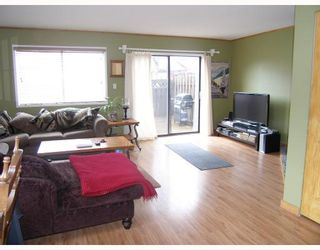 """Photo 1: 25 41450 GOVERNMENT Road: Brackendale Townhouse for sale in """"EAGLE VIEW PLACE"""" (Squamish)  : MLS®# V756865"""
