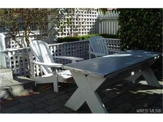 Photo 9: 586 Toronto St in VICTORIA: Vi James Bay House for sale (Victoria)  : MLS®# 334211