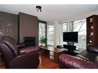 """Photo 3: # 605 2137 W 10TH AV in Vancouver: Kitsilano Condo for sale in """"THE '1'"""" (Vancouver West)  : MLS®# V867959"""