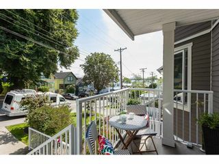 """Photo 19: 1137 ELM Street: White Rock Townhouse for sale in """"Marine Court"""" (South Surrey White Rock)  : MLS®# R2401346"""
