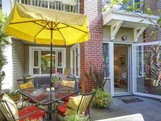 """Photo 14: 112 2628 YEW Street in Vancouver: Kitsilano Condo for sale in """"Connaught Place"""" (Vancouver West)  : MLS®# R2171360"""