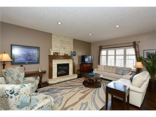 Photo 11: 14 WEST POINTE Manor: Cochrane House for sale : MLS®# C4108329