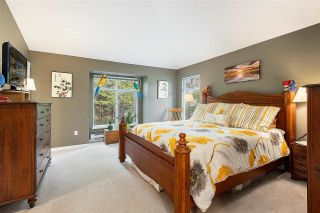 """Photo 20: 1148 STRATHAVEN Drive in North Vancouver: Northlands Townhouse for sale in """"Strathaven"""" : MLS®# R2579287"""
