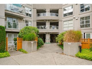 """Photo 3: 114 10533 UNIVERSITY Drive in Surrey: Whalley Condo for sale in """"Parkview Court"""" (North Surrey)  : MLS®# R2612910"""