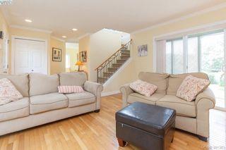 Photo 4: 1047 Dunsmuir Rd in VICTORIA: Es Old Esquimalt House for sale (Esquimalt)  : MLS®# 786624