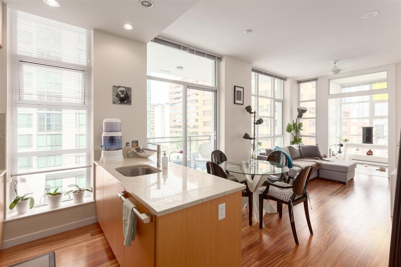 """Main Photo: 801 1205 HOWE Street in Vancouver: Downtown VW Condo for sale in """"ALTO"""" (Vancouver West)  : MLS®# R2270805"""
