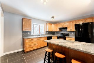 Photo 9: 10672 Shillington Crescent SW in Calgary: Southwood Detached for sale : MLS®# A1062670