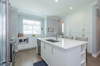 """Photo 6: 38 2427 164 Street in Surrey: Grandview Surrey Townhouse for sale in """"The Smith"""" (South Surrey White Rock)  : MLS®# R2576199"""