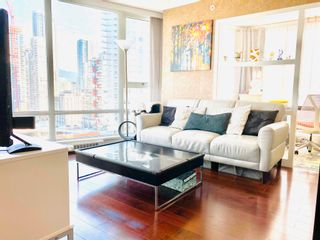 """Photo 3: 2106 1438 RICHARDS Street in Vancouver: Yaletown Condo for sale in """"AZURA"""" (Vancouver West)  : MLS®# R2596803"""