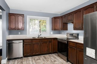 Photo 9: B 2320 Sooke Rd in : Co Hatley Park Half Duplex for sale (Colwood)  : MLS®# 863031