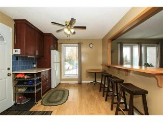 Photo 5: 136 Falton Close NE in Calgary: Falconridge House  : MLS®# C4101015