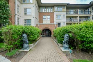 """Photo 2: 2301 5113 GARDEN CITY Road in Richmond: Brighouse Condo for sale in """"Lions Park"""" : MLS®# R2456048"""