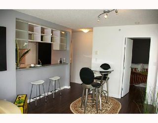 """Photo 4: 808 928 BEATTY Street in Vancouver: Downtown VW Condo for sale in """"The Max"""" (Vancouver West)  : MLS®# V714659"""