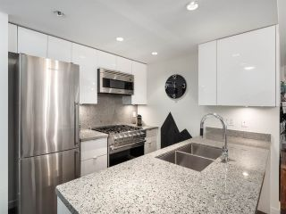 Photo 8: 306 1708 COLUMBIA STREET in Vancouver: False Creek Condo for sale (Vancouver West)  : MLS®# R2341537