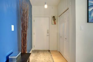 Photo 3: 305 3501 15 Street SW in Calgary: Altadore Apartment for sale : MLS®# A1063257