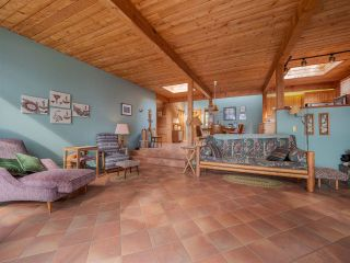 Photo 18: 9185 HYDAWAY Road in Sechelt: Halfmn Bay Secret Cv Redroofs House for sale (Sunshine Coast)  : MLS®# R2504559