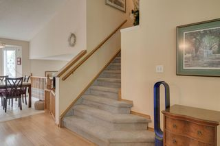 Photo 4: 17 Shannon Circle SW in Calgary: Shawnessy Detached for sale : MLS®# A1105831