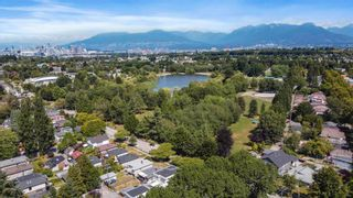 """Photo 16: 3539 COPLEY Street in Vancouver: Grandview Woodland House for sale in """"Trout Lake - Grandview Woodland"""" (Vancouver East)  : MLS®# R2600796"""