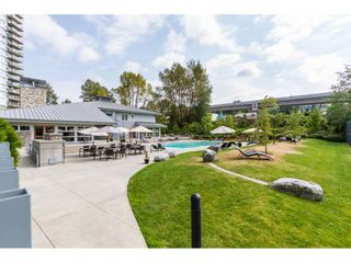 "Photo 16: 410 700 KLAHANIE Drive in Port Moody: Port Moody Centre Condo for sale in ""BOARDWALK"" : MLS®# R2117002"