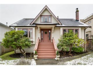 """Photo 2: 3866 W 15TH Avenue in Vancouver: Point Grey House for sale in """"Point Grey"""" (Vancouver West)  : MLS®# V1096152"""