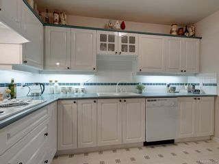 Photo 7: 347 4484 Chatterton Way in : SE Broadmead Condo for sale (Saanich East)  : MLS®# 845345