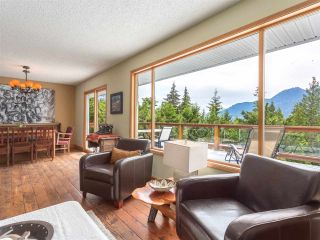 Photo 6: 40471 AYR Drive in Squamish: Garibaldi Highlands House for sale : MLS®# R2074786