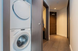 """Photo 11: 1858 38 SMITHE Street in Vancouver: Downtown VW Condo for sale in """"One Pacific"""" (Vancouver West)  : MLS®# R2525431"""
