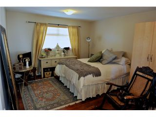 "Photo 3: 5436 LARCH Street in Vancouver: Kerrisdale Townhouse for sale in ""THE LARCHWOOD"" (Vancouver West)  : MLS®# V934976"
