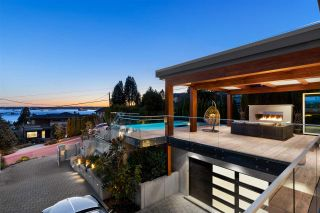Main Photo: 2545 MATHERS Avenue in West Vancouver: Dundarave House for sale : MLS®# R2558147