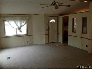 Photo 3: 515 2850 Stautw Rd in SAANICHTON: CS Hawthorne Manufactured Home for sale (Central Saanich)  : MLS®# 702862