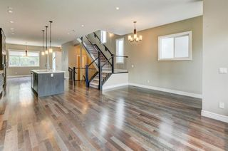 Photo 10: 1609 Broadview Road NW in Calgary: Hillhurst Semi Detached for sale : MLS®# A1136229