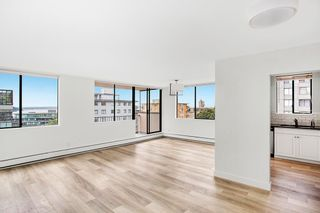 """Photo 4: 602 555 13TH Street in West Vancouver: Ambleside Condo for sale in """"Parkview Tower"""" : MLS®# R2591650"""