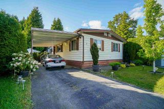 """Main Photo: 5 2303 CRANLEY Drive in Surrey: King George Corridor Manufactured Home for sale in """"SUNNYSIDE ESTATES"""" (South Surrey White Rock)  : MLS®# R2587264"""