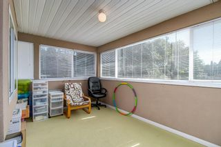 Photo 18: 4058 FOREST STREET - LISTED BY SUTTON CENTRE REALTY in Burnaby: Burnaby Hospital 1/2 Duplex for sale (Burnaby South)  : MLS®# R2207552