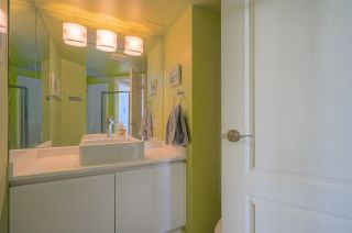 """Photo 14: 2701 120 W 2 Street in North Vancouver: Lower Lonsdale Condo for sale in """"Observatory"""" : MLS®# R2513687"""