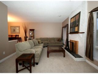 """Photo 2: 9821 116TH Street in Surrey: Royal Heights House for sale in """"Royal Heights"""" (North Surrey)  : MLS®# F1228582"""