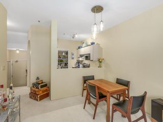 """Photo 3: 207 1924 COMOX Street in Vancouver: West End VW Condo for sale in """"WINDGATE BY THE PARK"""" (Vancouver West)  : MLS®# R2109767"""