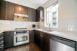 Photo 3: 211 119 W 22ND STREET in North Vancouver: Central Lonsdale Condo for sale : MLS®# R2573365