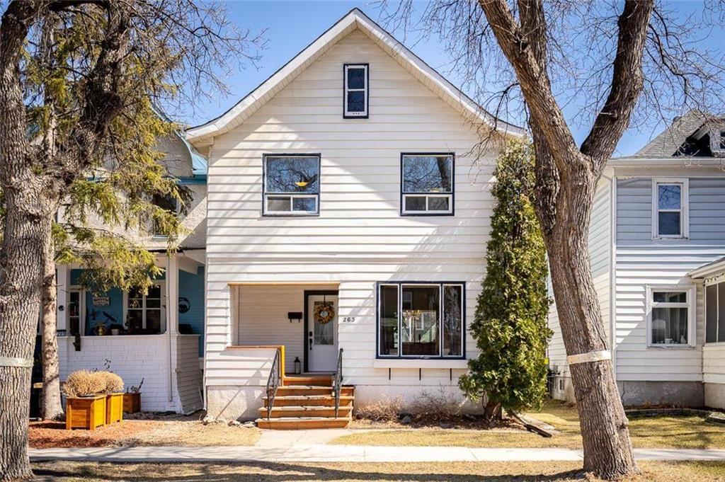 Main Photo: 263 Aubrey Street in Winnipeg: Wolseley Residential for sale (5B)  : MLS®# 202105171
