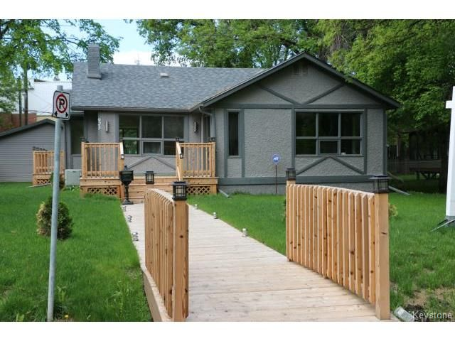 Main Photo: 923 Somerset: Residential for sale (1J)  : MLS®# 1508518