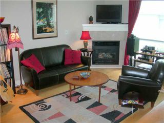 """Photo 2: 302 1617 GRANT Street in Vancouver: Grandview VE Condo for sale in """"EVERGREEN PLACE"""" (Vancouver East)  : MLS®# V825602"""