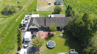 "Photo 2: 28522 RANCH Avenue in Abbotsford: Aberdeen House for sale in ""ABERDEEN / POPLAR"" : MLS®# R2625171"