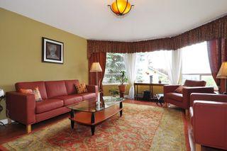 Photo 2: 2807 RAMBLER WAY in Coquitlam: Scott Creek House for sale : MLS®# R2178709