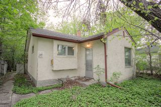 Photo 1: 37 St George Road in Winnipeg: Single Family Detached for sale (2D)  : MLS®# 202112791