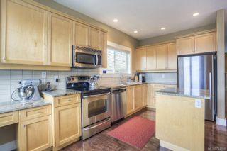 Photo 5: 8 4583 Wilkinson Rd in VICTORIA: SW Royal Oak Row/Townhouse for sale (Saanich West)  : MLS®# 734388