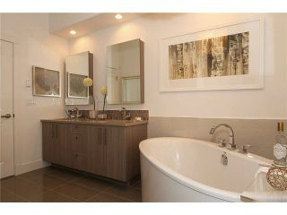 """Photo 11: 106 22327 RIVER Road in Maple Ridge: East Central Condo for sale in """"REFLECTIONS ON THE RIVER"""" : MLS®# V1133989"""